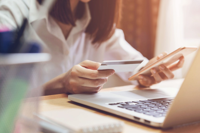 Les estratègies d'email marketing poden ajudar a convencer als teus consumidors perquè facin una compra online al teu ecommerce.